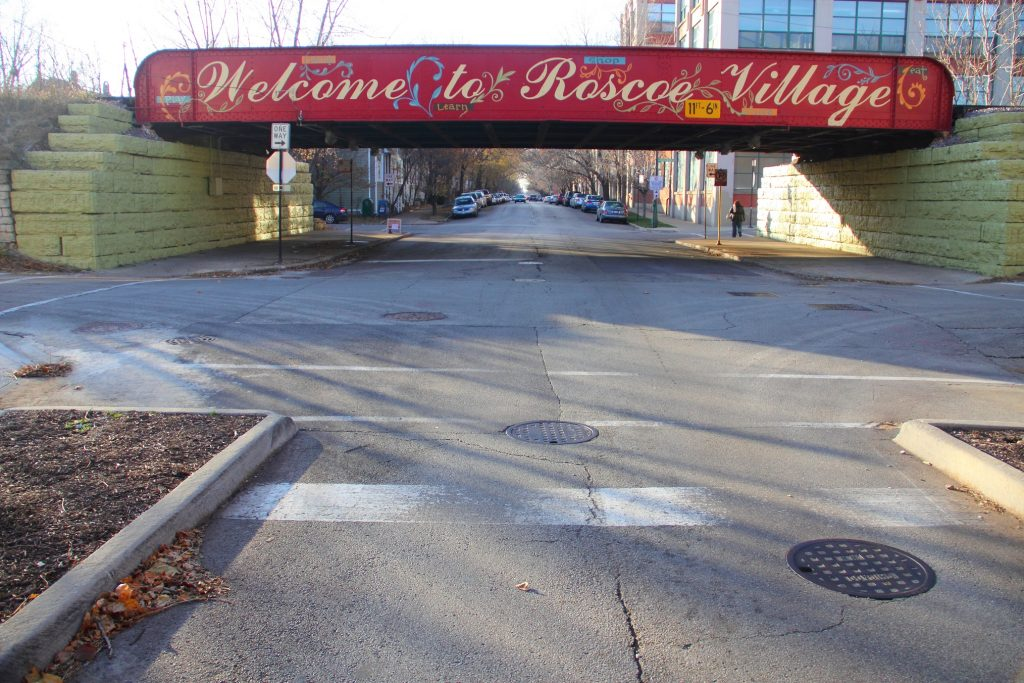 Welcome to Roscoe Village sign